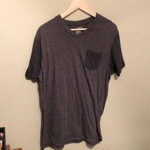 Other - Dark grey two-toned pocket t-shirt